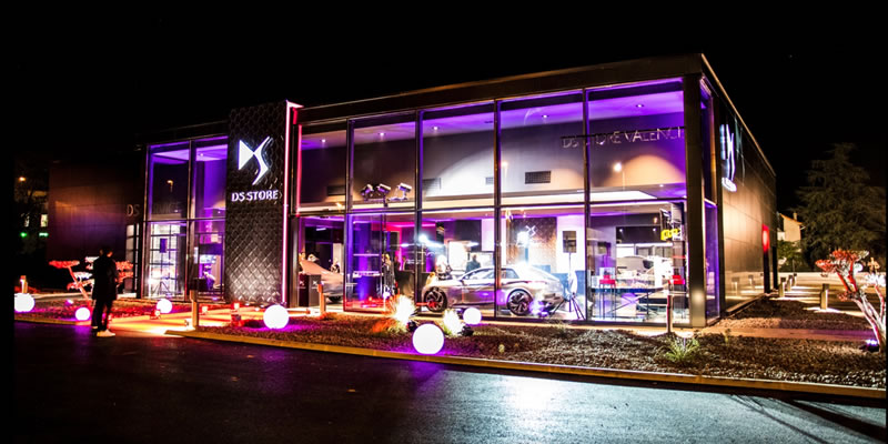 DS Store Valence by night
